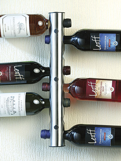 Porta bottiglie da muro