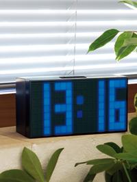 Orologio sveglia a LED blu giganti