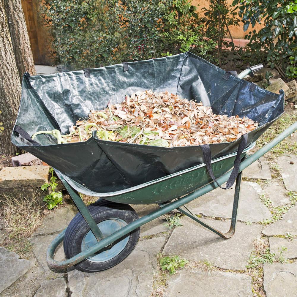 Ringhiere giardino e carriola di legno per giardino for Bordure per aiuole obi